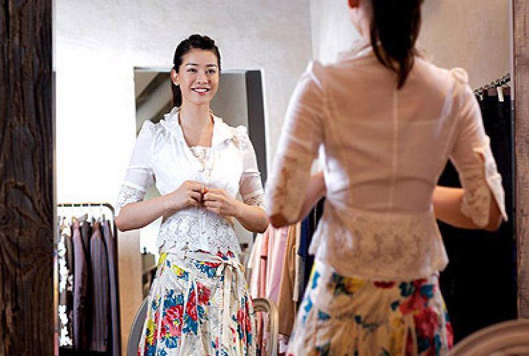 FreeGreatPicture.com-14219-women-fashion-shopping